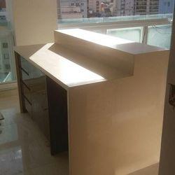 Mesa de mármore
